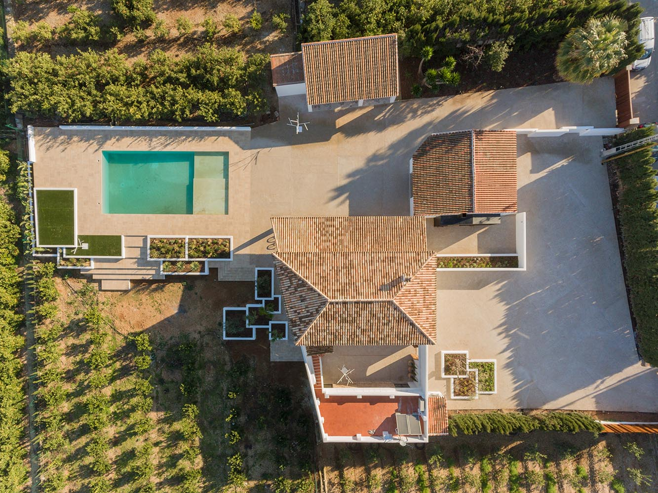 surrounding of this villa situated in the Comunidad Valenciana.